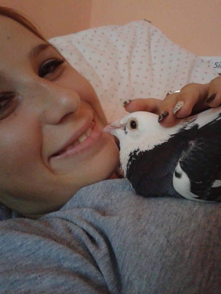 pigeons woman 015