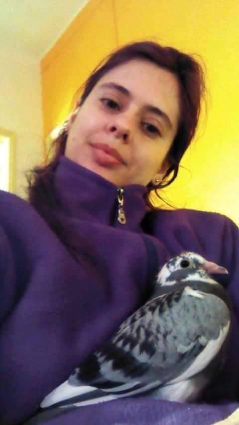 pigeons woman 025