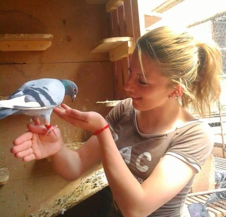 pigeons woman 030