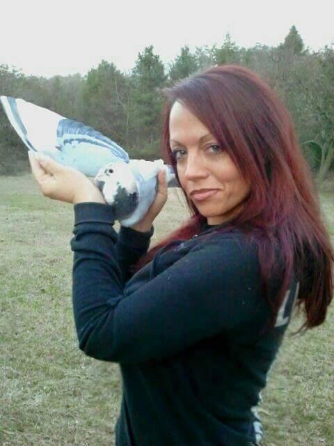 pigeons woman 039