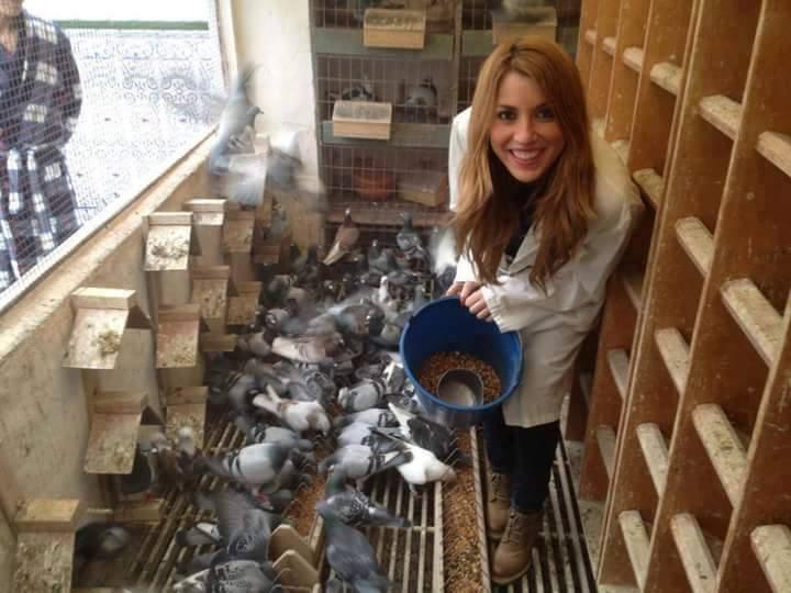 pigeons woman 053
