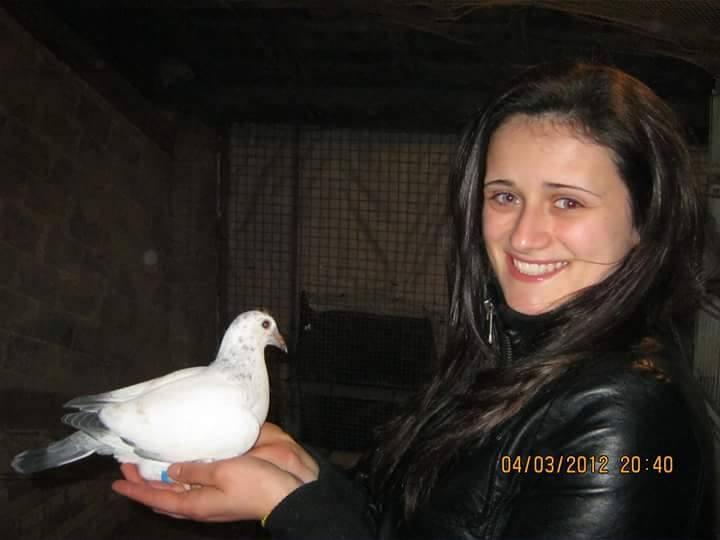 pigeons woman 057