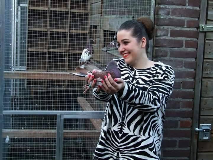pigeons woman 061