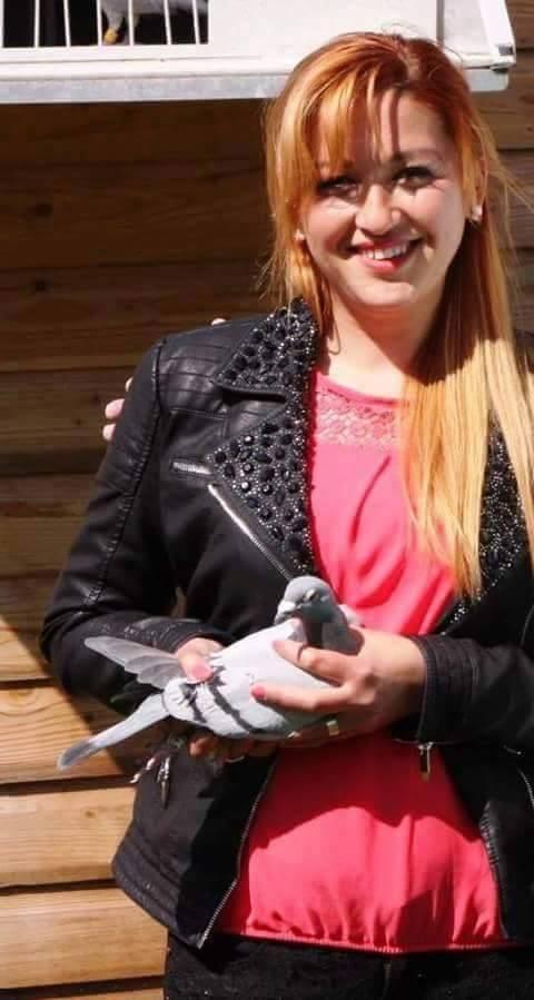 pigeons woman 020