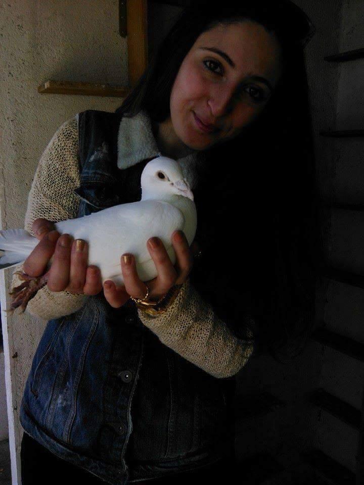 pigeons woman 051