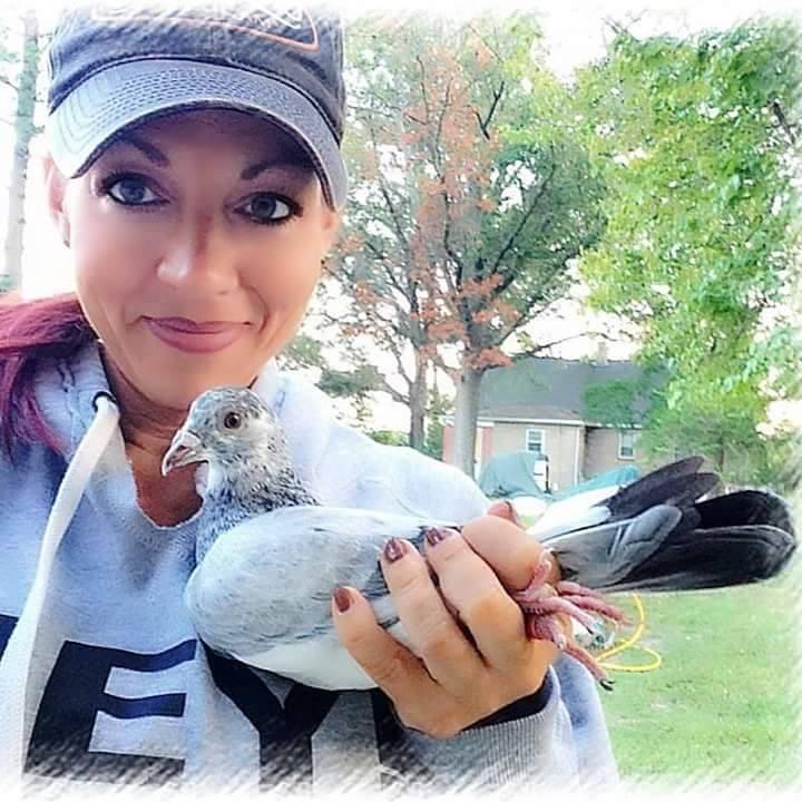 pigeons woman 058