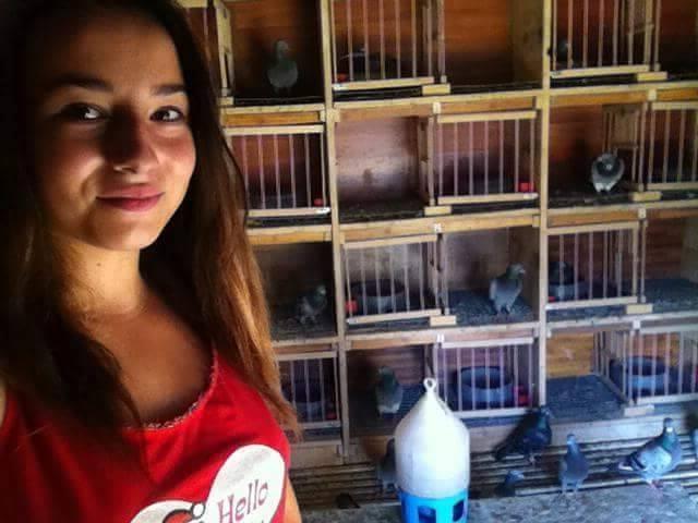 pigeons woman 059